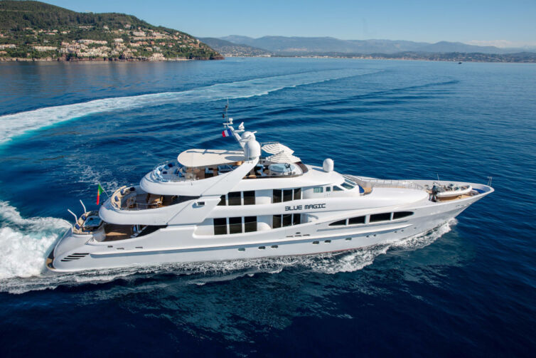 Yachts Sale and Purchase